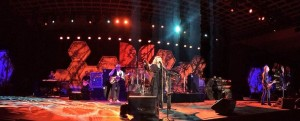 Fleetwood Mac puts on a killer performance following the annual Monster Dealer Awards ceremony. They haven't missed a beat. Still legendary! Dealers in attendance: Wal-Mart, Sam's, RadioShack, woot!, Hastings, Amazon